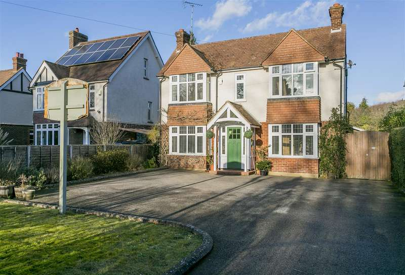 5 Bedrooms Detached House for sale in London Road, Leybourne, West Malling