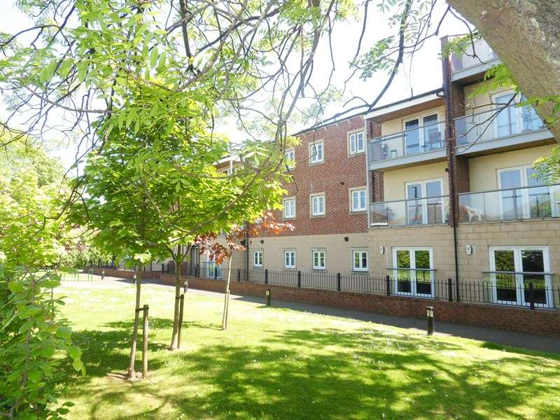 2 Bedrooms Apartment Flat for sale in Charlton Court, Benton, Newcastle upon Tyne, Tyne and Wear, NE7 7FX