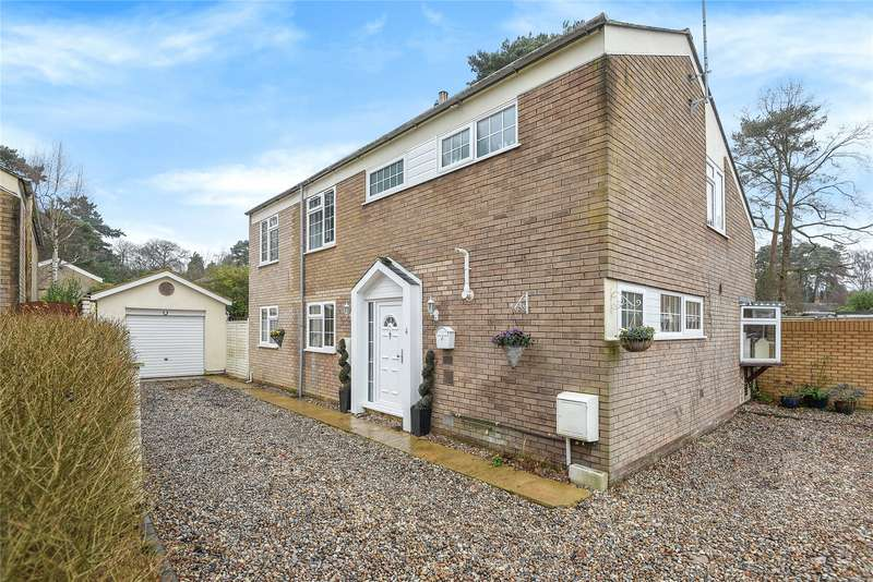 5 Bedrooms Detached House for sale in Merlewood, Bracknell, Berkshire, RG12