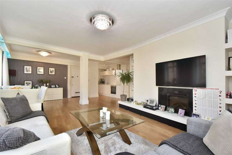3 Bedrooms Flat for sale in Townshend Court, St Johns Wood, London, NW8