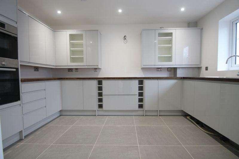 4 Bedrooms Detached House for sale in Pilgrims Lane, Seasalter [Plot 1]