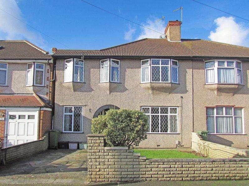 3 Bedrooms Semi Detached House for sale in Berkeley Avenue, Bexleyheath