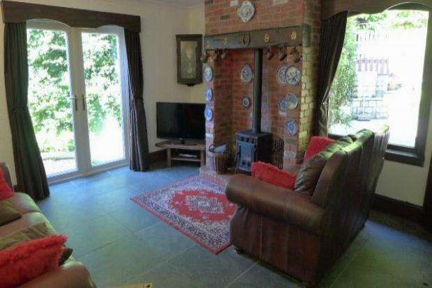 3 Bedrooms Detached House for sale in Maitland Close Todmorden