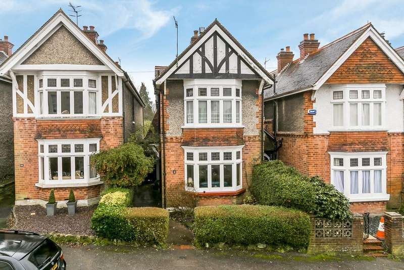 4 Bedrooms Detached House for sale in Stone Street, Tunbridge Wells