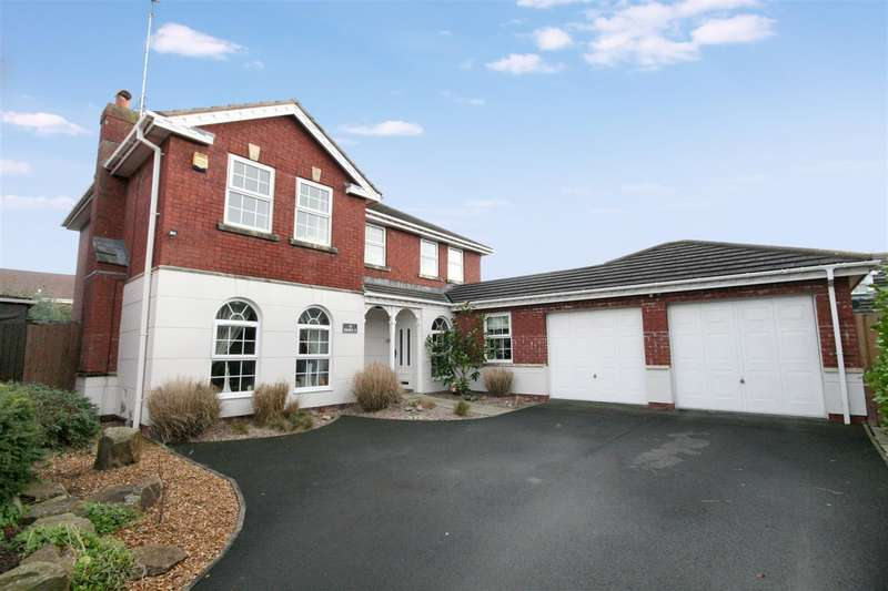 4 Bedrooms Detached House for sale in Oystercatcher Gate, Lytham St. Annes