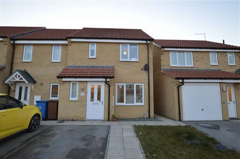 3 Bedrooms Semi Detached House for sale in Avocet Close, Hornsea, East Yorkshire