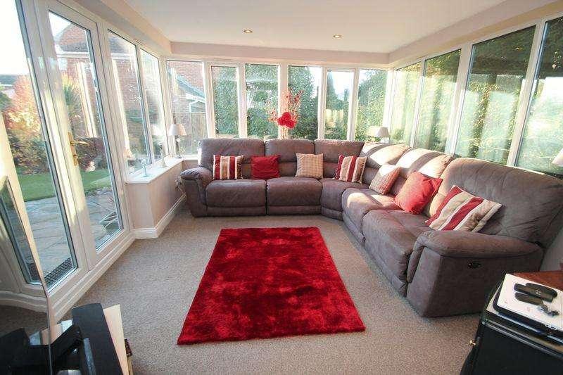 4 Bedrooms Detached House for sale in Steer Court, Billingham