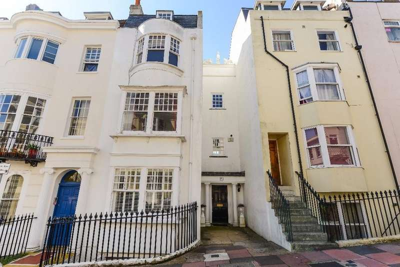 5 Bedrooms Terraced House for sale in Devonshire Place Brighton East Sussex BN2
