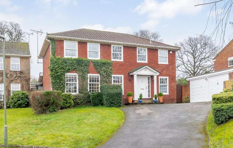 4 Bedrooms Detached House for sale in Churt
