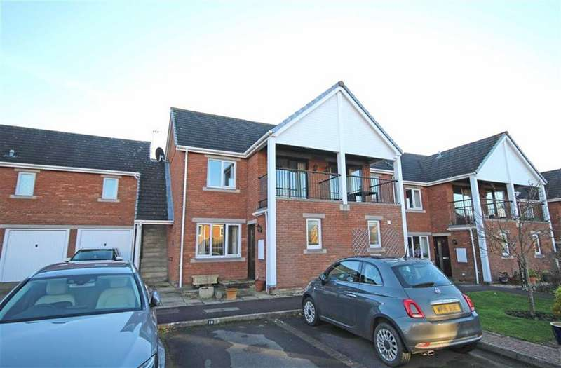 2 Bedrooms Retirement Property for sale in Cleeve Lake Court, Bishops Cleeve, Cheltenham, GL52