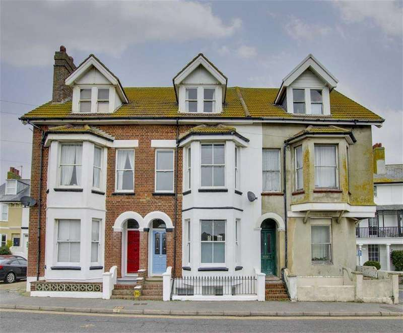 3 Bedrooms Terraced House for sale in Steyne Road, Seaford