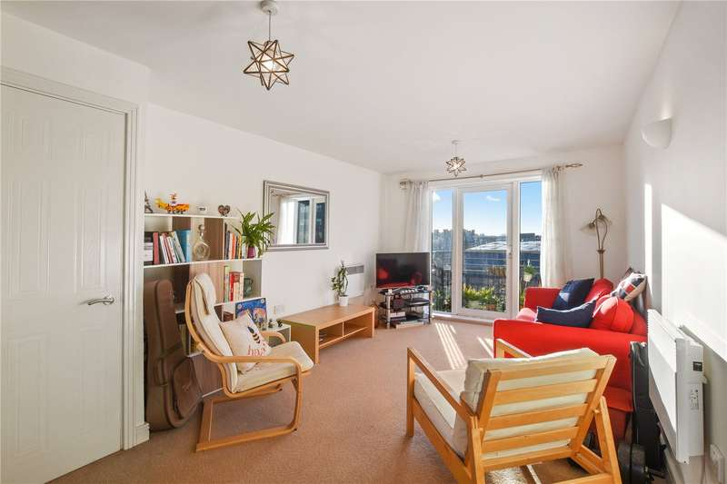 2 Bedrooms Flat for sale in Granite Apartments, 39 Windmill Lane, London, E15