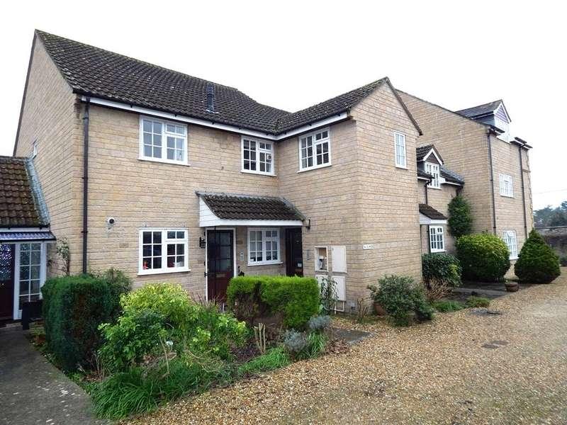 2 Bedrooms Apartment Flat for sale in Saffron Court, The Avenue, Sherborne, DT9