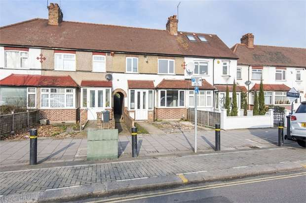 3 Bedrooms Terraced House for sale in Twickenham Road, Isleworth, Middlesex