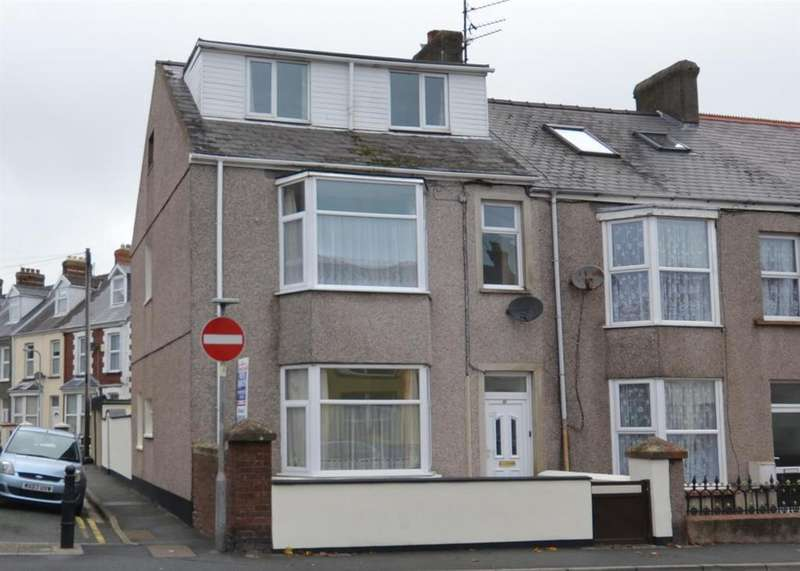 4 Bedrooms End Of Terrace House for sale in Milford Haven