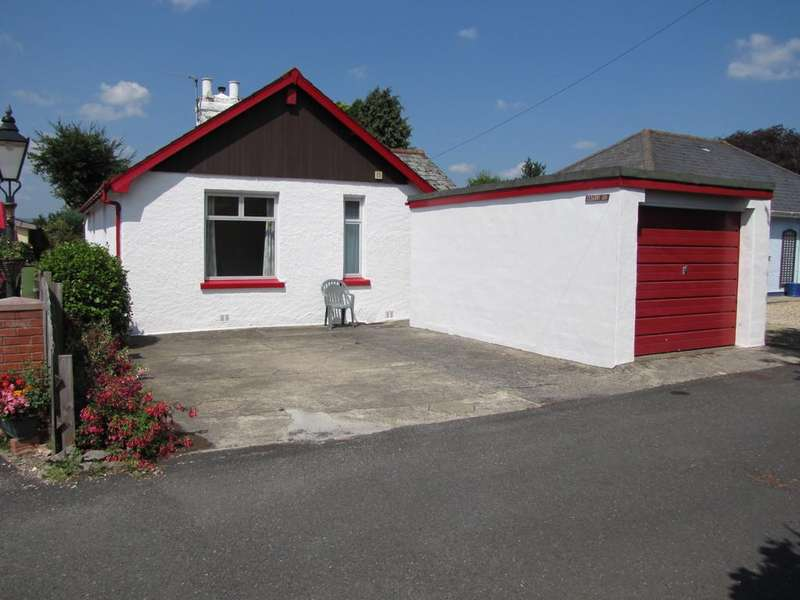 3 Bedrooms Detached Bungalow for sale in POTENTIAL TO EXTEND - Chockland Road, Kingsteignton, TQ12 3LZ