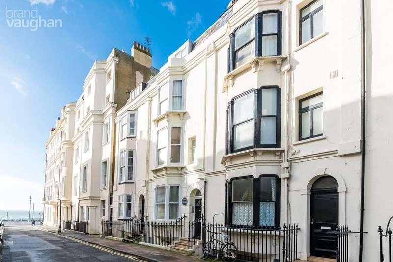 2 Bedrooms Maisonette Flat for sale in Burlington Street, Brighton, BN2