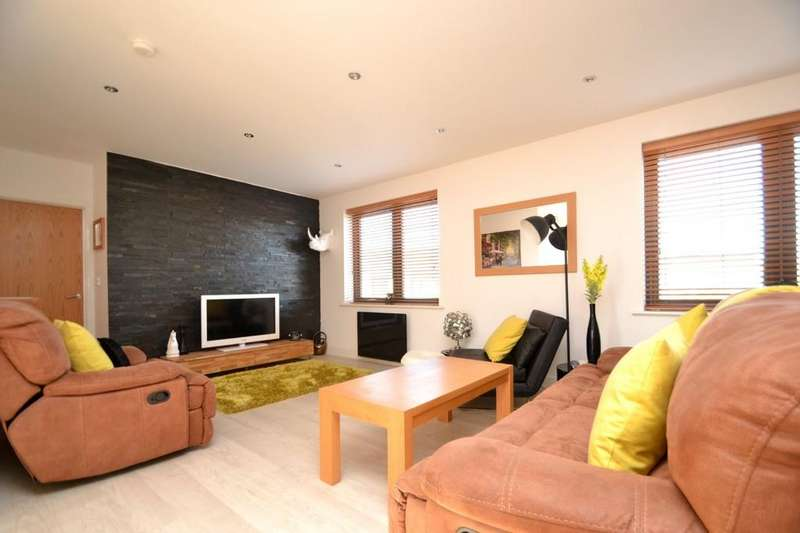 2 Bedrooms Detached House for sale in Dunwich Close, Ipswich, IP3 9WF