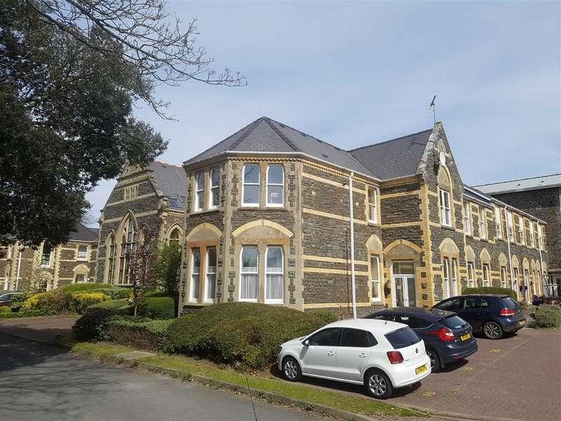 2 Bedrooms Flat for sale in Llys Ardwyn, Aberystwyth