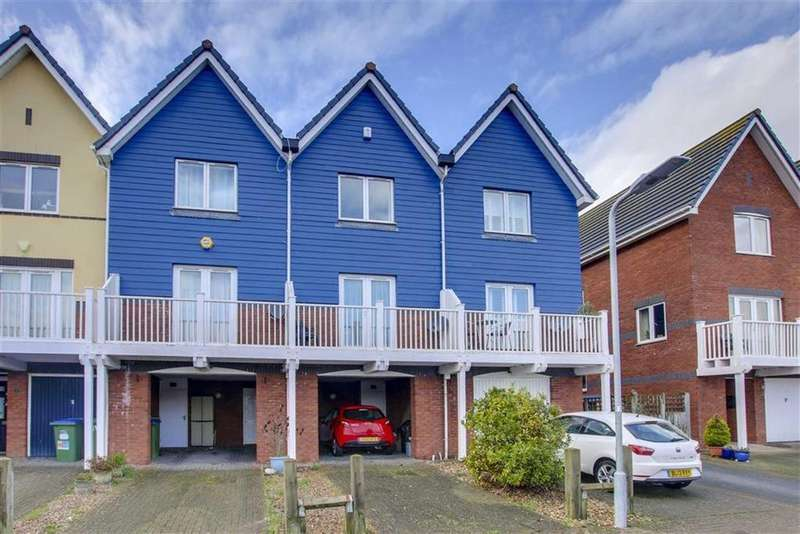 3 Bedrooms Terraced House for sale in West Quay, Newhaven