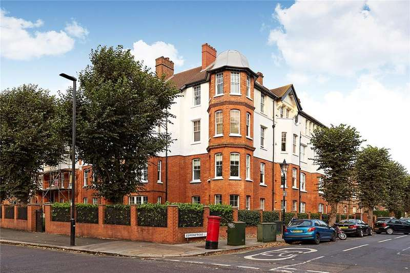 2 Bedrooms Flat for sale in Esmond Gardens, South Parade, Chiswick, London, W4