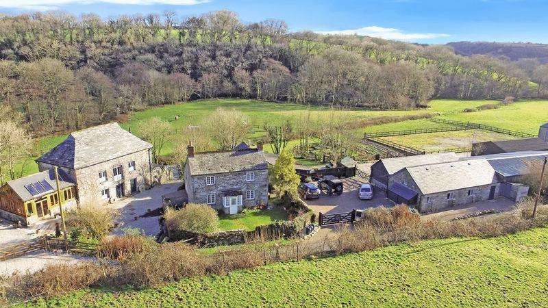 9 Bedrooms Equestrian Facility Character Property for sale in Lewannick, Launceston