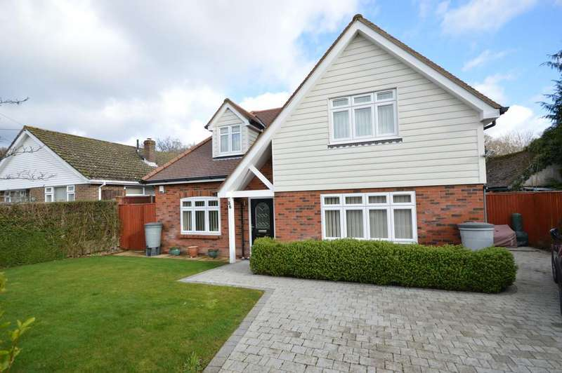 3 Bedrooms Chalet House for sale in Kennard Road, New Milton