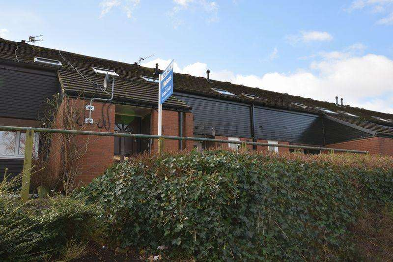1 Bedroom Flat for sale in Charlton Close, Runcorn