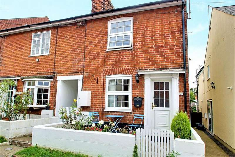 2 Bedrooms Semi Detached House for sale in West Street, Rowhedge