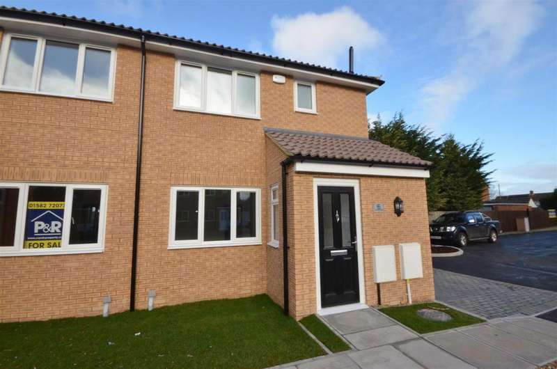 3 Bedrooms Semi Detached House for sale in Viking Close, Barton-Le-Clay
