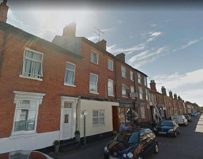 2 Bedrooms Apartment Flat for rent in Church Street, Wolverton, MK12 5LD