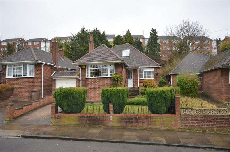 3 Bedrooms Detached Bungalow for sale in Falconers Road, Close to Airport