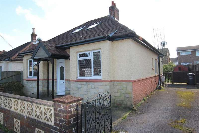 4 Bedrooms Bungalow for sale in St. Andrews Road, Burgess Hill