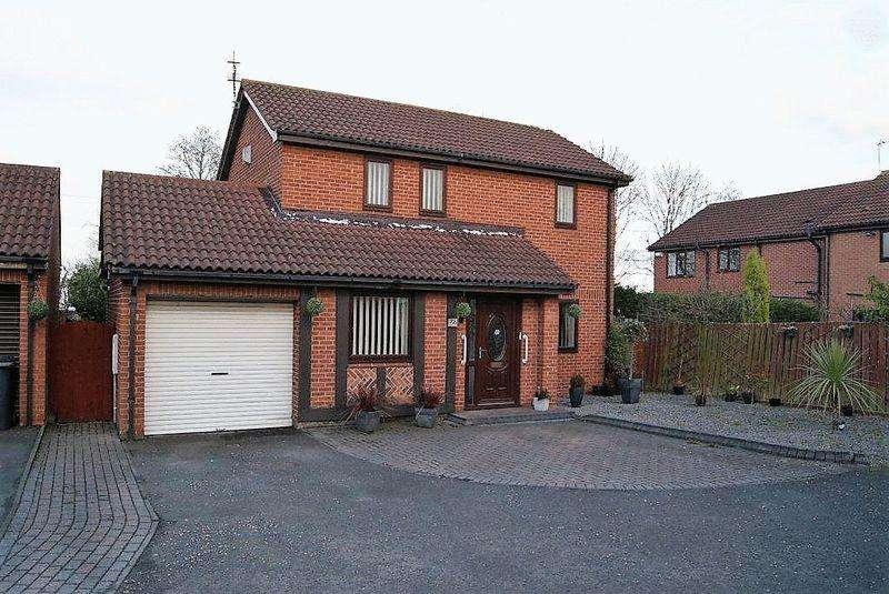 3 Bedrooms Detached House for sale in Alderley Drive, Killingworth