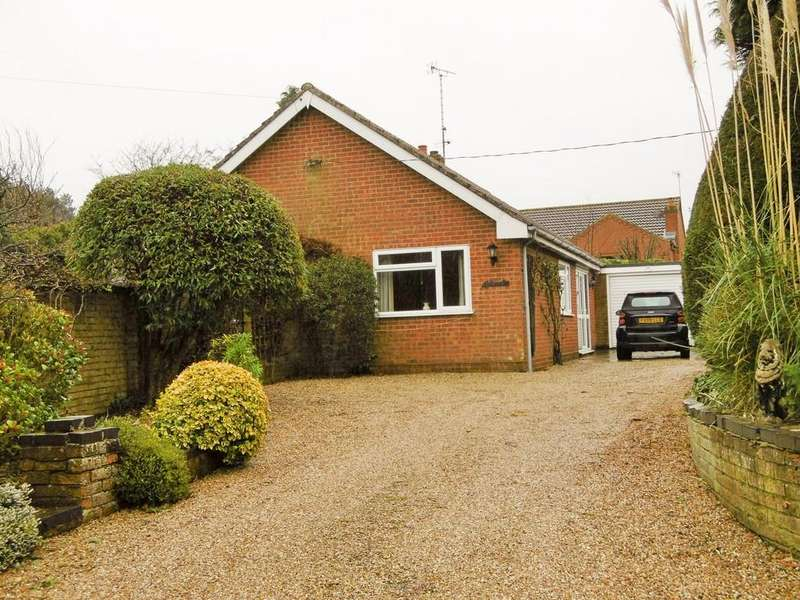 3 Bedrooms Detached Bungalow for sale in Erpingham