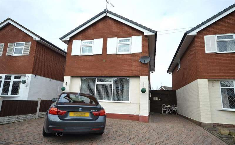 3 Bedrooms Detached House for sale in Chapelmere Close, Elworth