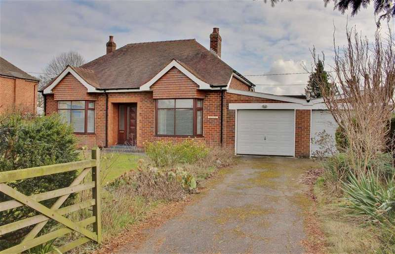 3 Bedrooms Detached Bungalow for sale in Main Road, Minsterworth