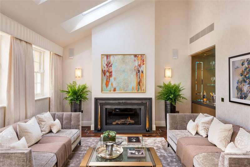 4 Bedrooms House for sale in Montrose Place, Belgravia, London