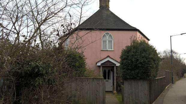 3 Bedrooms Detached House for rent in High Street, Felixstowe