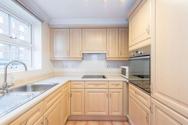 1 Bedroom Flat for sale in Pegasus Court, 194 Horn Lane, Acton