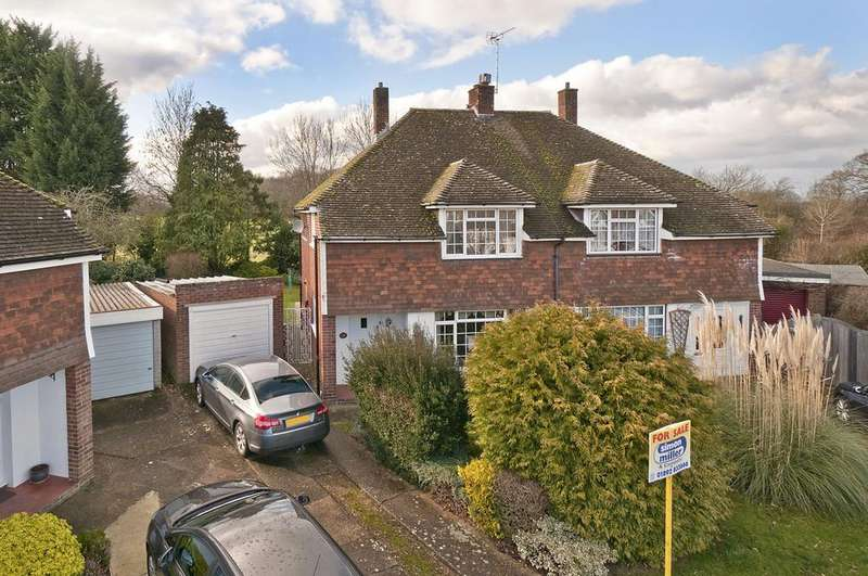 3 Bedrooms Semi Detached House for sale in Ribston Gardens, Paddock Wood