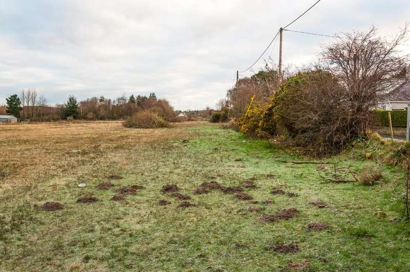 3 Bedrooms Land Commercial for sale in Bethel, Caernarfon, North Wales