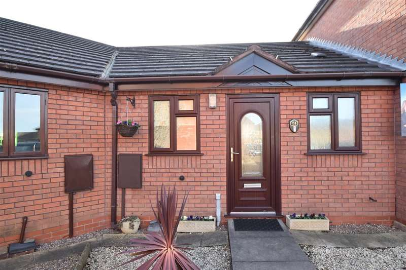 1 Bedroom Terraced Bungalow for sale in Bicton Avenue, Worcester