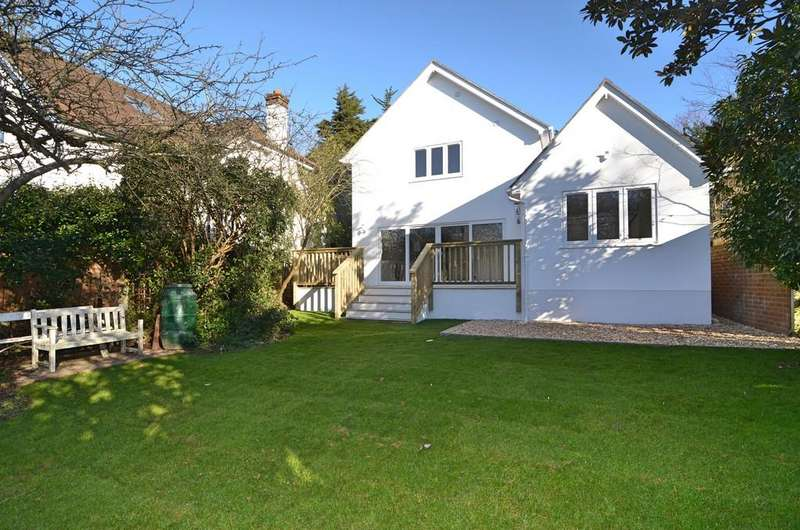 4 Bedrooms Detached House for sale in Muscliffe Lane, Bournemouth