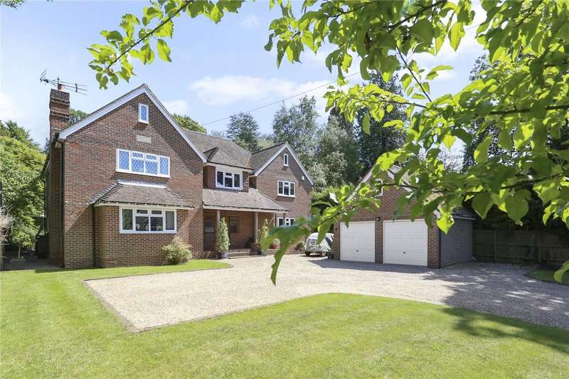 5 Bedrooms Detached House for sale in Plantation Road, Hill Brow, Liss, Hampshire, GU33
