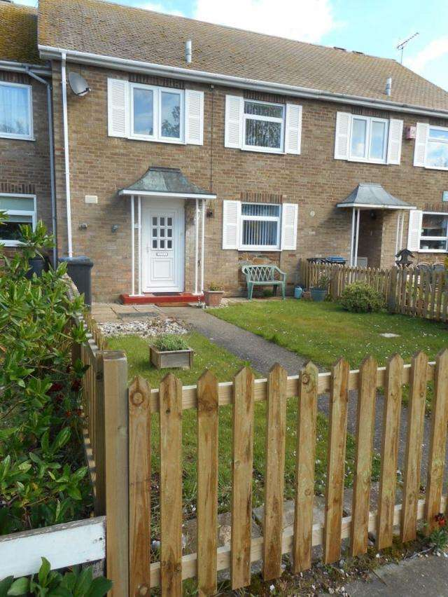 3 Bedrooms House for rent in KS1387 - Birchington Cliff Top - 3 Bedroom Family Home With Gardens, WC Double Glazed Windows