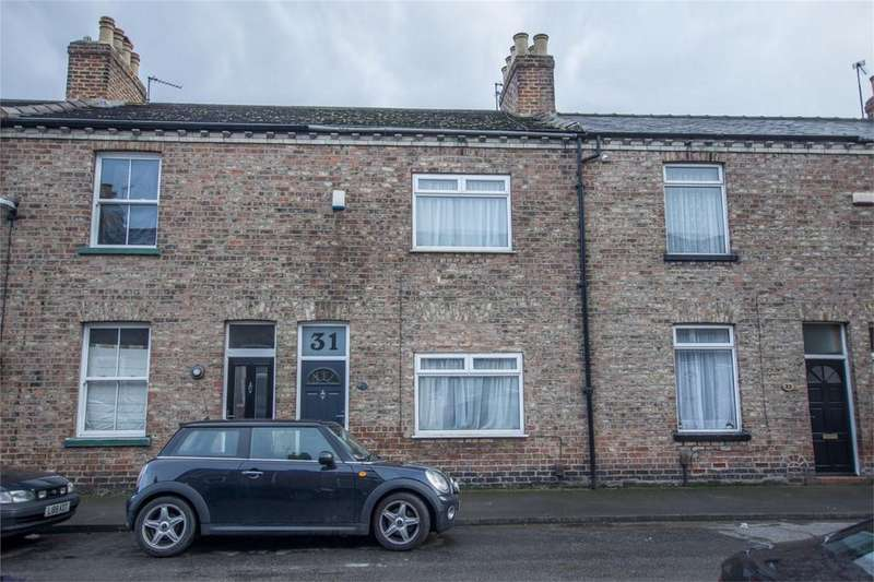 3 Bedrooms Terraced House for rent in Milner Street, York
