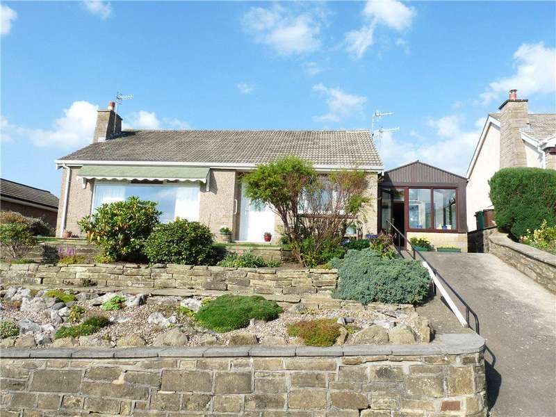 2 Bedrooms Detached Bungalow for sale in Banklands Lane, Silsden, Keighley, West Yorkshire