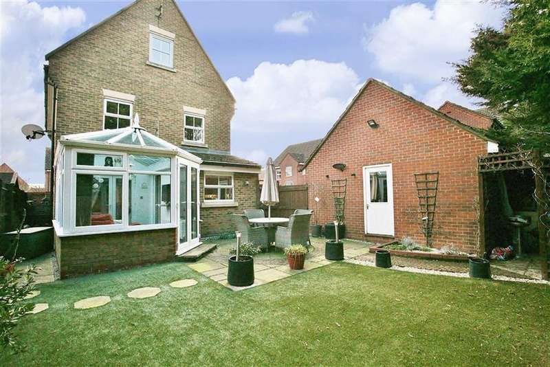 5 Bedrooms Detached House for sale in Stroud Close, Banbury