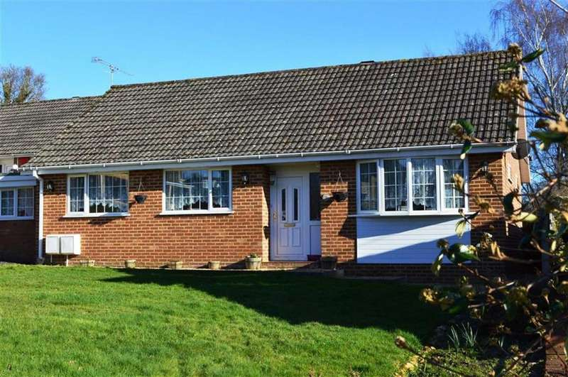 4 Bedrooms Detached Bungalow for sale in Ashmeads Close, Wimborne, Dorset